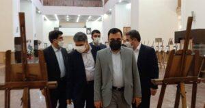 بازدید وزیر ارتباطات از نمایشگاه تمبر دفاع مقدس